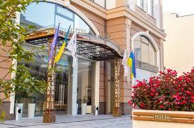 снять гостиницу во Львове